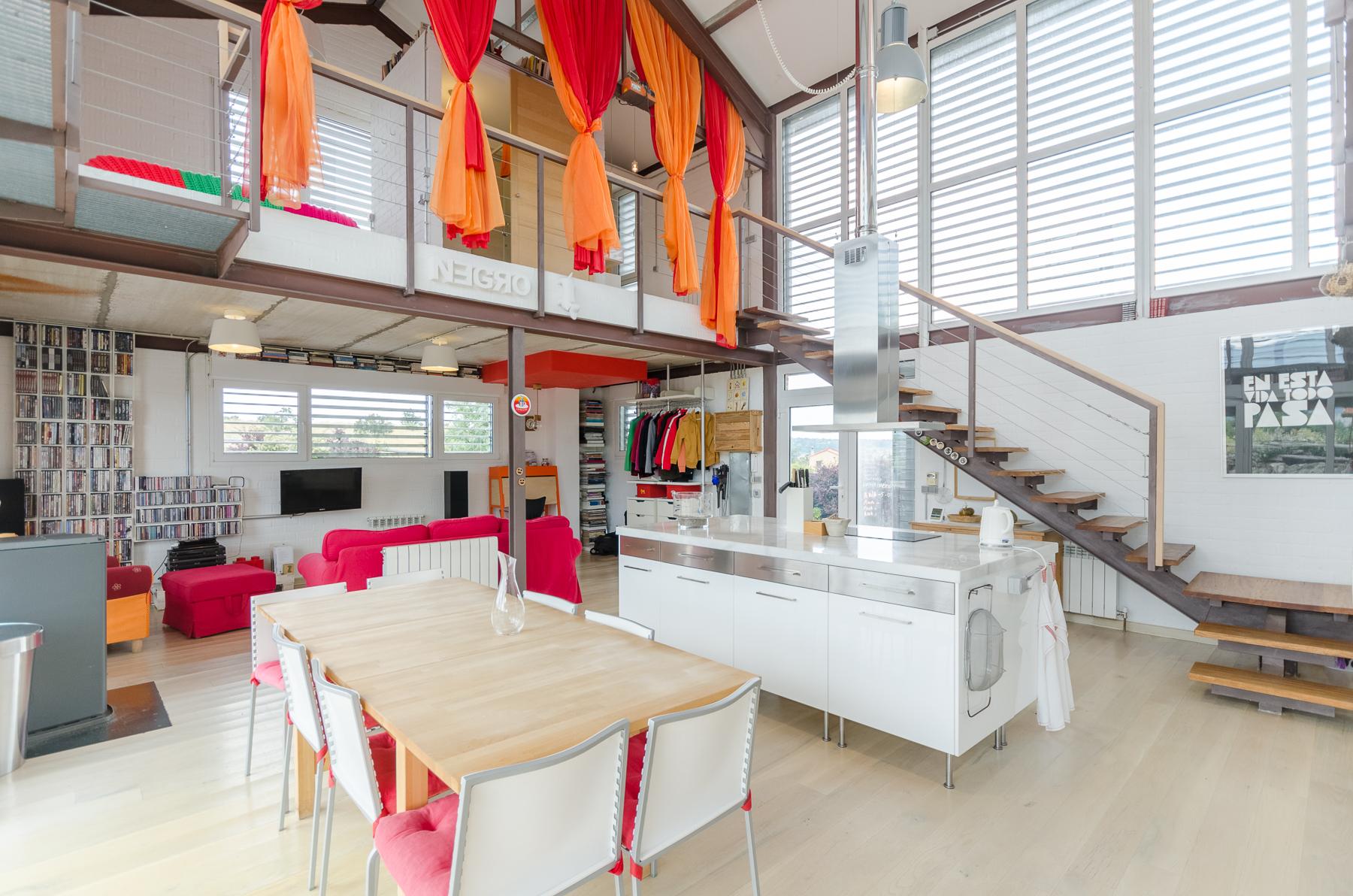 interior-casa-efiente-venta-pedraza-en-venta-en-Look-&-Find